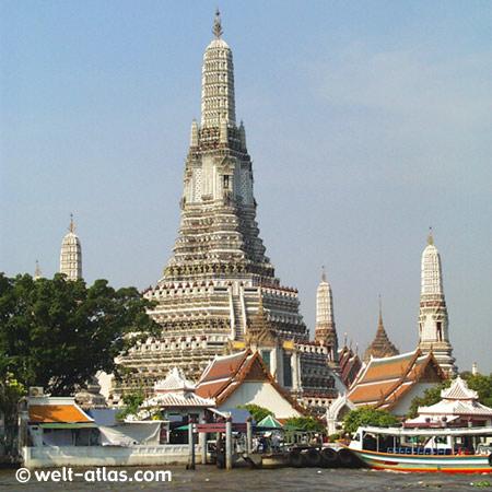 Tempel am Fluss