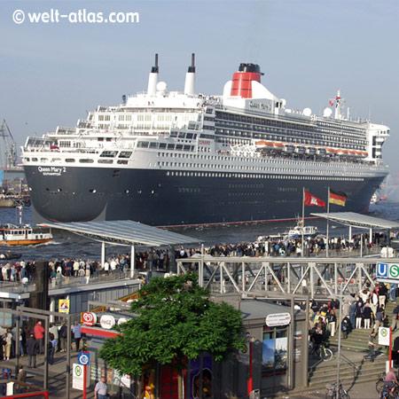 Queen Mary 2, Landungsbrücken, Hamburg
