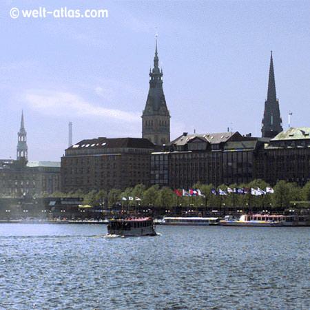 Aussenalster, Blick auf Rathaus,St. Nikolai, Katharinenkirche, Hamburg