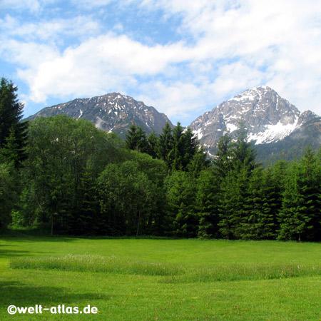 Berge am Heiterwanger See, Alpen, Tirol, Österreich