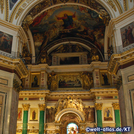 Interior of the Saint Isaac's Cathedral in Saint Petersburg