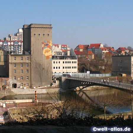 Altstadtbrücke über die Lausitzer Neiße, 2004 als Fußgängerbrücke zwischen Görlitz und Zgorzelec in Polen eröffnet
