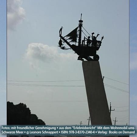 """Anapa, Black Sea, RussiaFoto:""""Erlebnisbericht"""" Mit dem Wohnmobil Schwarzes Meer © Leonore Schnappert • ISBN: 978-3-8370-2340-4 • Verlag:  Books on Demand"""