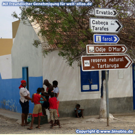 At the crossroad in Fundo das Figueiras, small town on the island of Boa Vistain the dunes