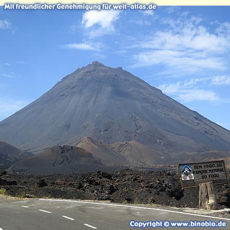 Im Nationalpark um den Vulkan Pico do Fogo, aktiver Vulkan und höchster Berg der Kapverden, Höhe 2.829 m – Fotos: Reisebericht Kapverden, kapverden.binobio.de