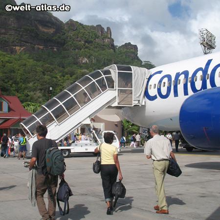gerade gelandet, Flughafen Mahé, Seychellen