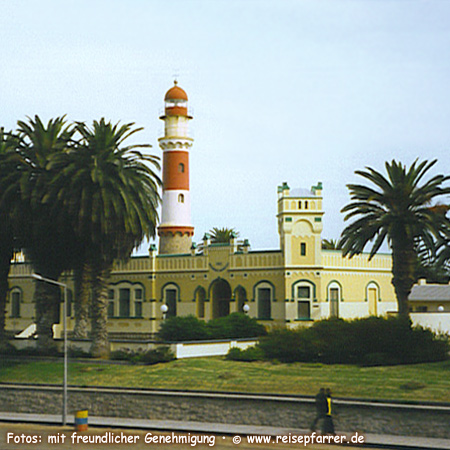 Lighthouse of Swakopmund, town between desert and beaches at the Atlantic coast, Foto:© www.reisepfarrer.de