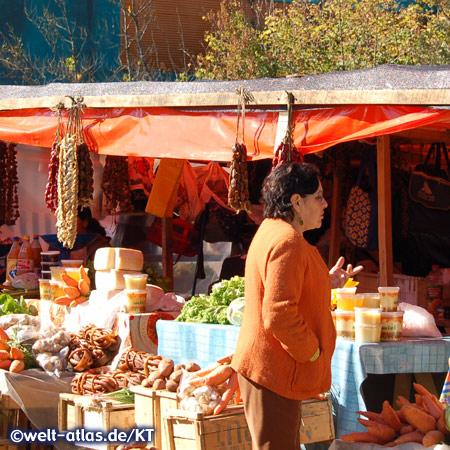 Markt auf der Insel Chiloé in Chile