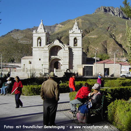 church of Chivay in the Colca Valley, Peru. Foto:© www.reisepfarrer.de
