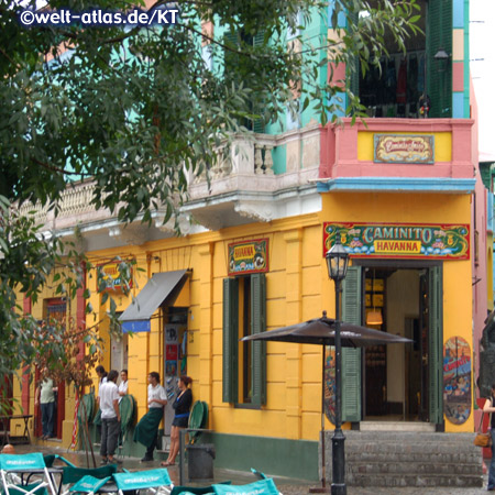 Buenos Aires, Caminito Havanna in La Boca, barrio with colorful houses and tango dancers