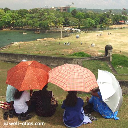 Auf dem Galle Fort, Unesco Weltkulturerbe, Blick auf das Cricket-FeldSri Lanka, Süden