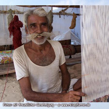 Teppichweber in Jaipur, Rajasthan Indien Foto:© www.reisepfarrer.de