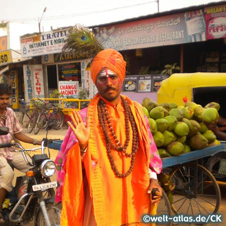 Sadu, Hampi Bazaar, Straße vor dem Virupaksha-Tempel