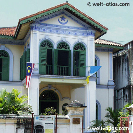 house of Syed Alatas, an Achehnese merchant.Penang Museum of Islam