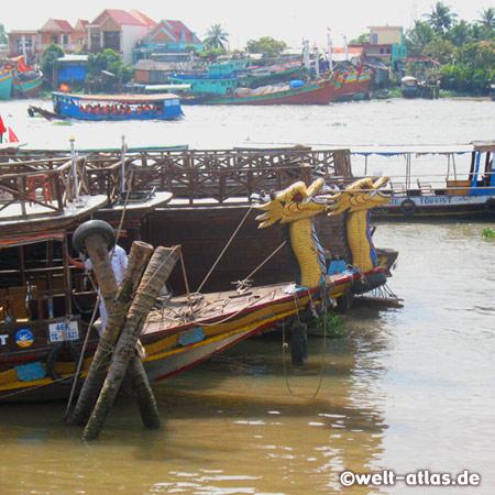 Hier im Hafen von My Tho legen die Ausflugsboote zu den Inseln im Mekong-Delta ab