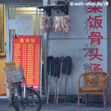 Shanghai, Enten hängen draußen vor einem Restauran