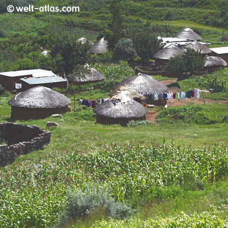 Königreich Lesotho, Hütten der Sotho