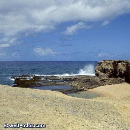 Barbados, Blow Holes in Little Bay an der Ostküste