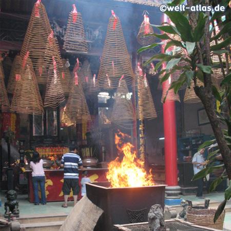 Thien Hau Tempel in Ho-Chi-Minh-Stadt, eine der wichtigsten Sehenswürdigkeiten