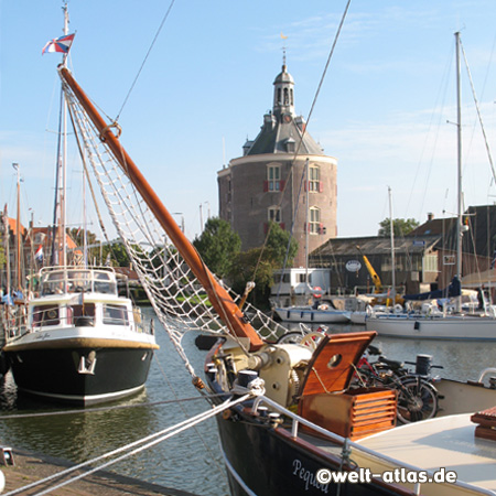 Enkhuizen harbour with the Dromedaris Tower