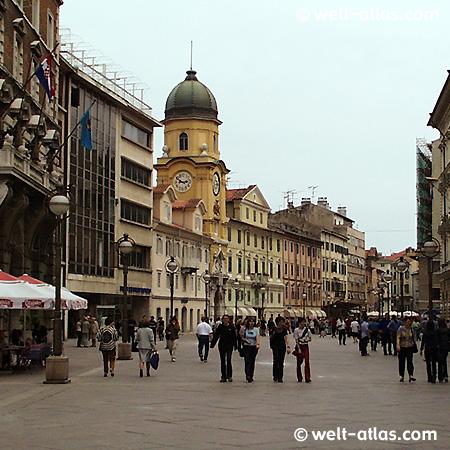 Rijeka, Korso und Stadtturm