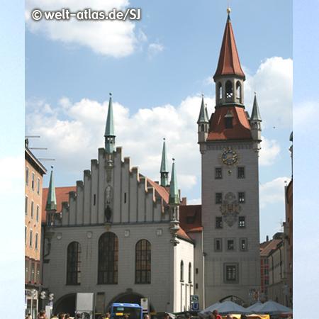 Altes Rathaus, Old Town Halll at central square Marienplatz Munich