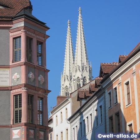 Peterskirche mit Renaissance-Erker der ehem. Ratsapotheke, Görlitz
