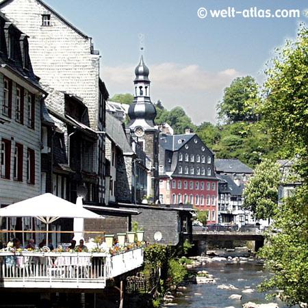 """Monschau in der Eifel, """"Rotes Haus"""""""