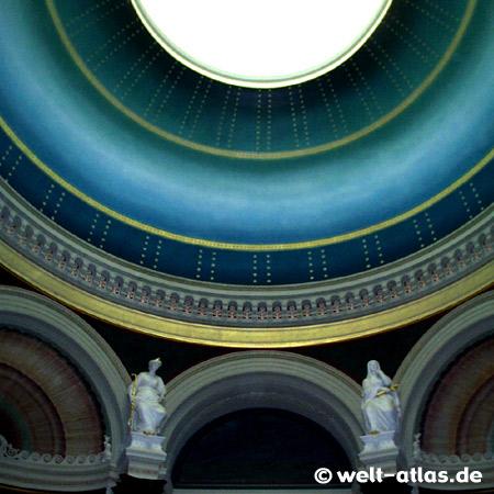 Kuppel der Alten Nationalgalerie, Museumsinsel, Malerei von Klassizismus bis Moderne, Berlin
