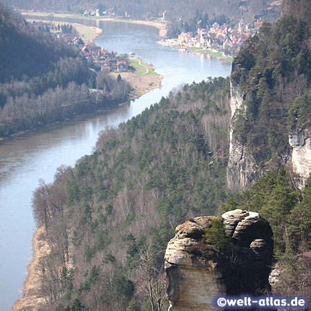 View from the Bastei into the Elbe Valley and Wehlen