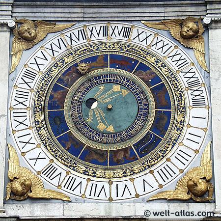Brescia, Uhrturm, Piazza della Loggia,Astronomische Uhr, 16.Jh., Lombardei, Italien