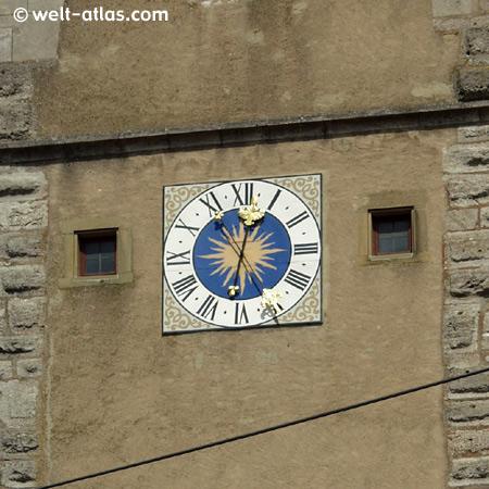 Uhr am Turm der Spitalbastion in Rothenburg o.d. Tauber
