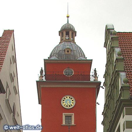 Uhr am Turm des Gothaer Rathauses