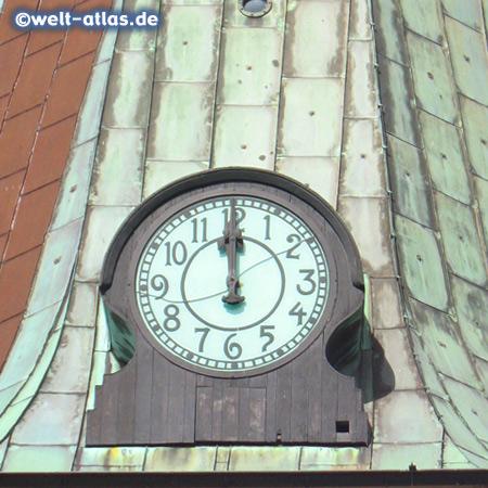 Uhr der St.-Bartholomäus-Kirche in Wilster, Baumeister war Sonnin, von dem auch der Hamburger Michel stammt