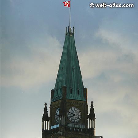 Uhr am Peace Tower, Parliament Buildings