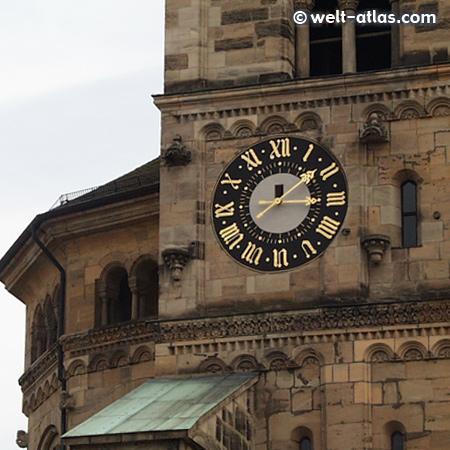 Uhr am Turm des Bamberger Domes