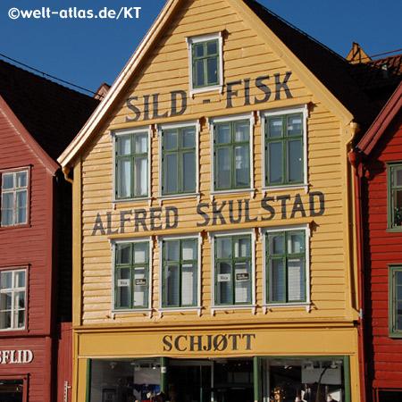 Kontorhaus in Bryggen, Tyskebryggen  in Bergen, Norwegen