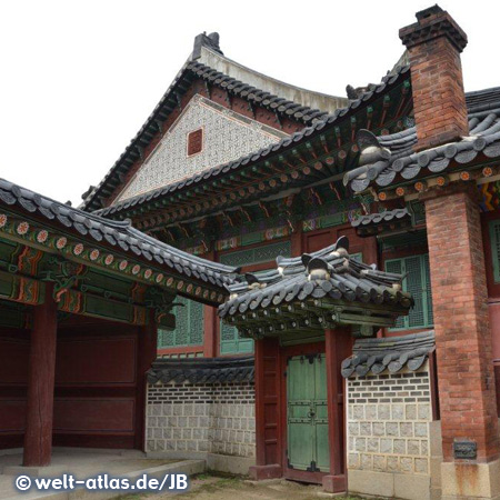 The Changdeokgung Palace is a world heritage site (Unesco)