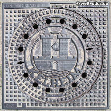 Manhole cover with the Coats of arms of the City of Kelheim in Lower Bavaria