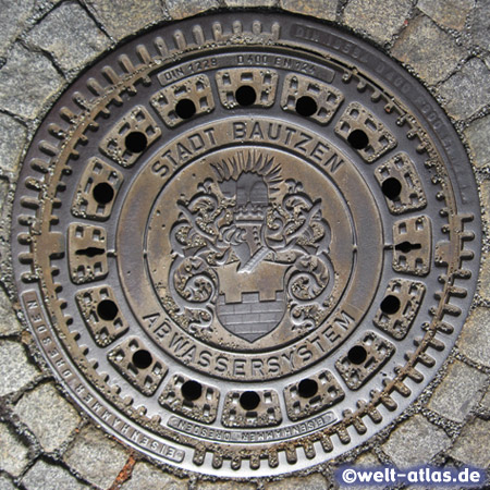 Manhole cover in Bautzen with Coat of Arms