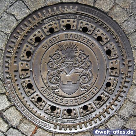 Sieldeckel mit Wappen in Bautzen, Sachsen