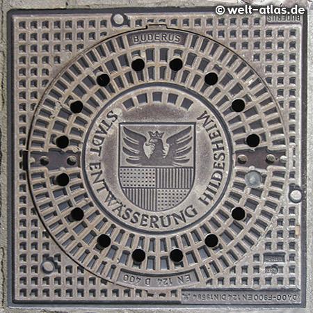 Sieldeckel, Kanaldeckel in Hildesheim mit Wappen
