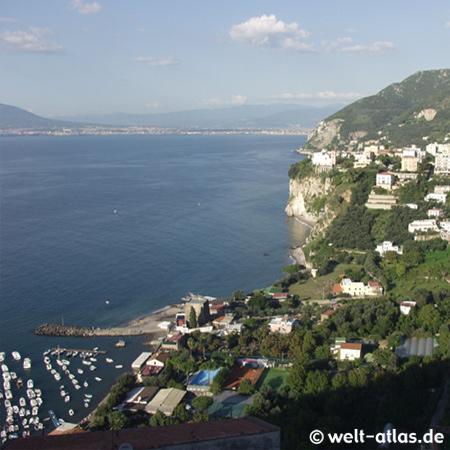 Vico Equense, Blick auf Küste bei Neapel