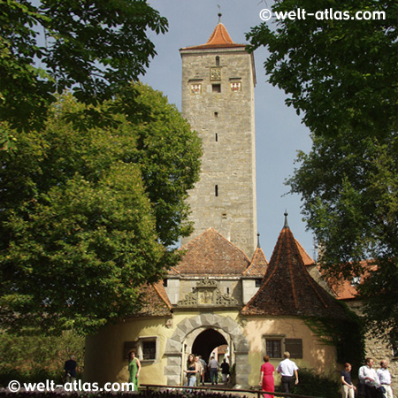 Rothenburg o. d. Tauber, Castle Gate and tower