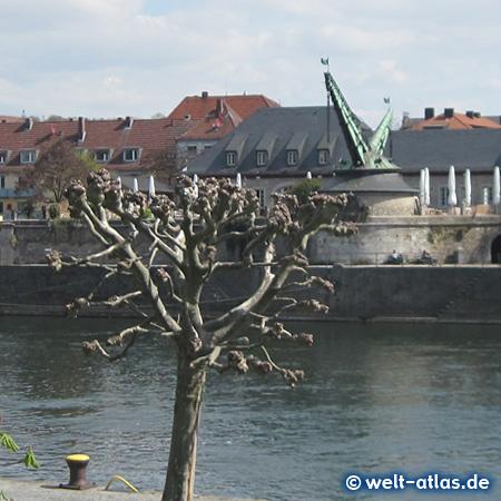 Old crane, Alter Kranen, Würzburg