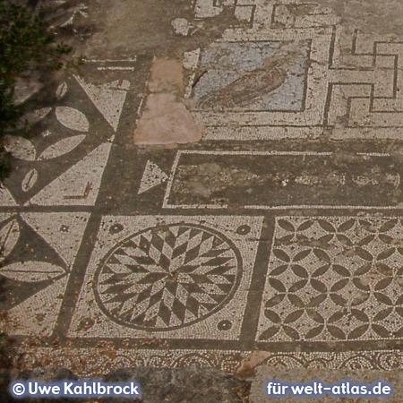 Mosaikboden im Asklepion-Tempel. Lissos an der Südküste von Kreta – Foto:© Uwe Kahlbrock