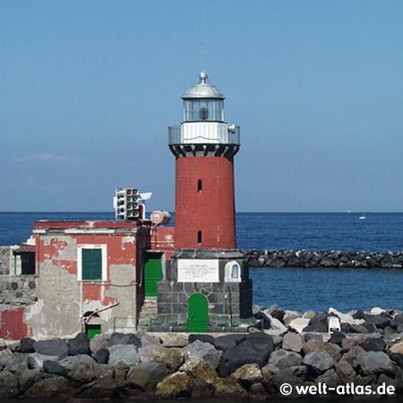 "Leuchtturm Porto d'Ischia (Molo Bagno), Position: 40º 44' 52.3"" N   13º 56' 32.3"" E"