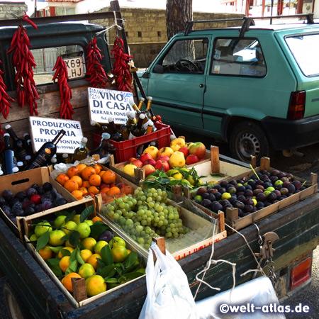 Obstverkäufer in Serrara Fontana, Ischia