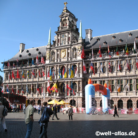 Grote Markt in Antwerpen, Rathaus