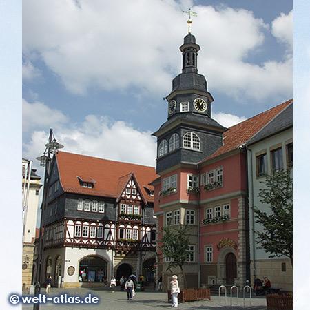 Eisenach, Markt mit Rathaus und Ratsapotheke